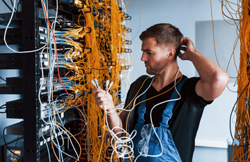 Benefits of Switching to a Cloud-Based Staffing Software Solution Eliminate Server