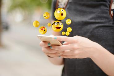 Use Right Emoji TikTok